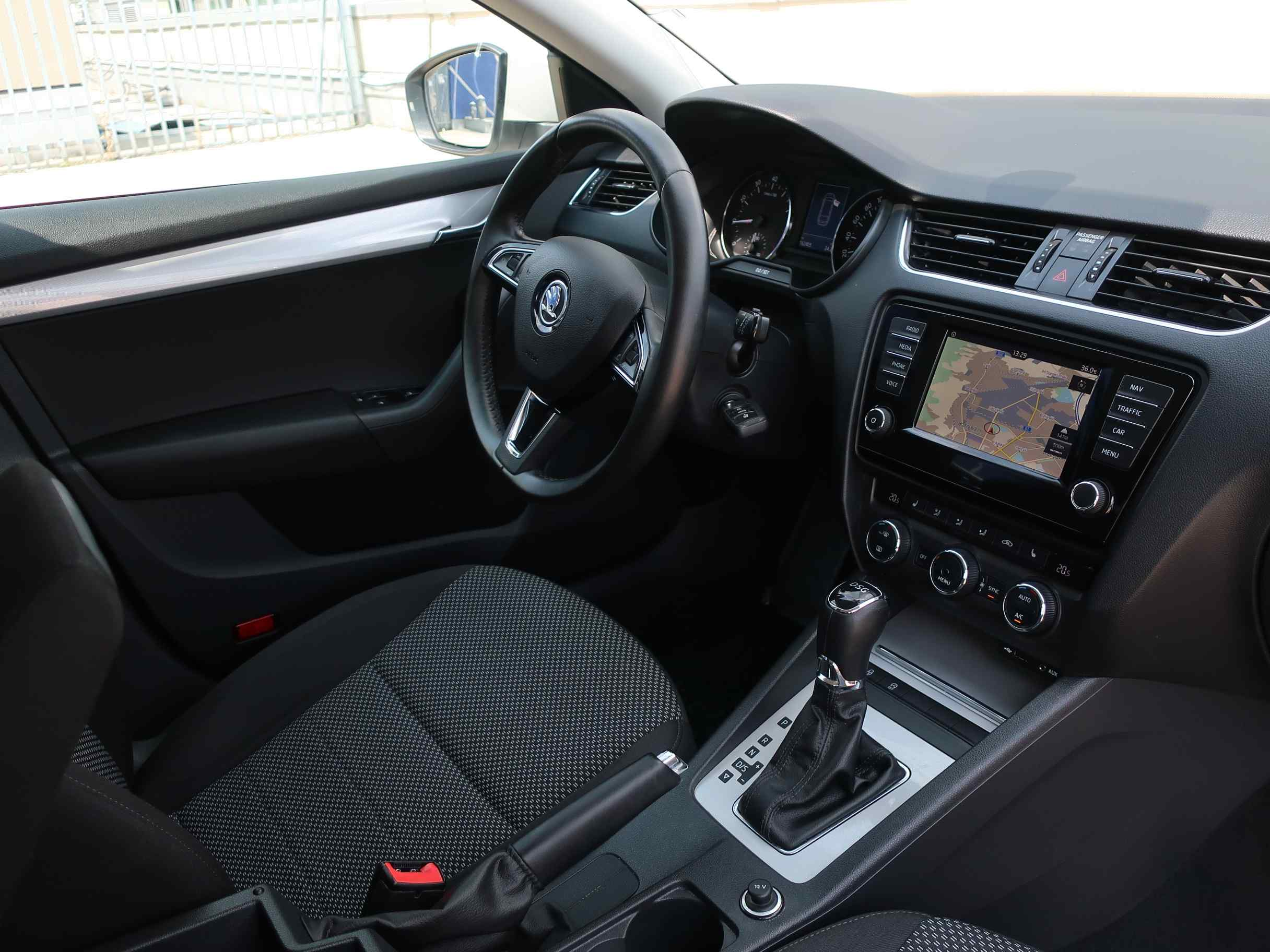 Škoda Octavia III Combi 1.4 TSI Ambition DSG