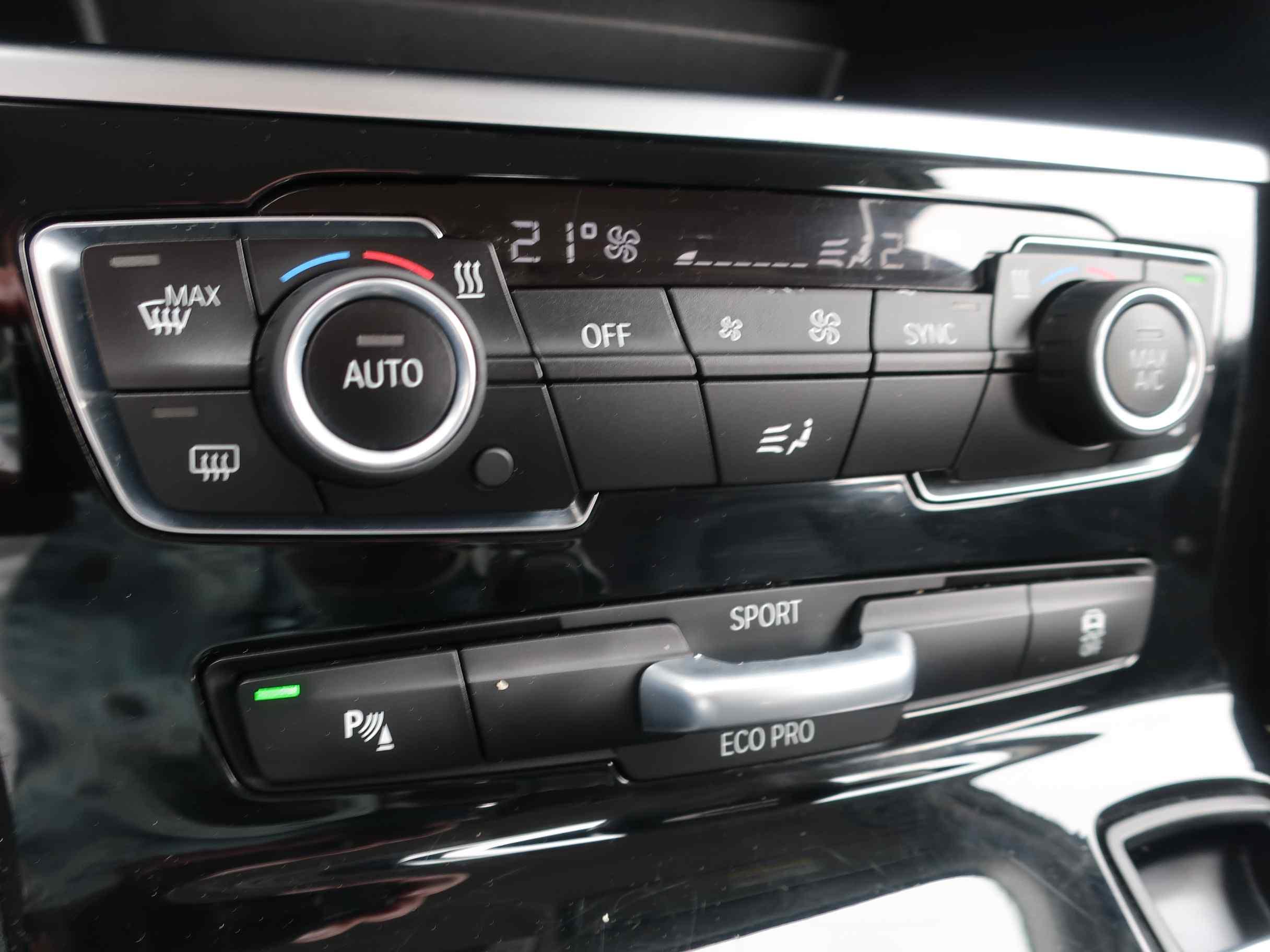 BMW 220d xDrive Active Tourer Advantage