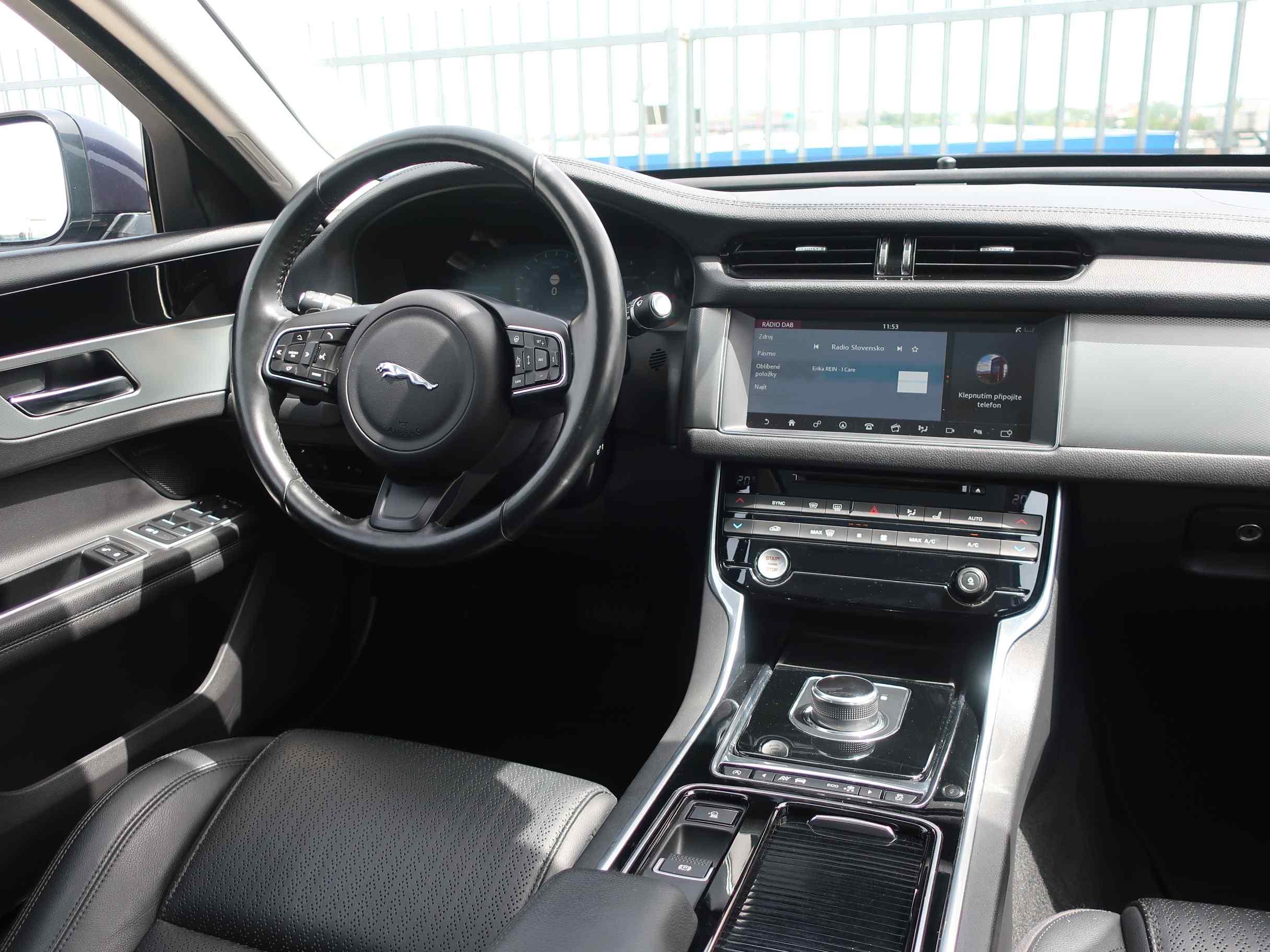 Jaguar XF 2.0D I4 Prestige AT