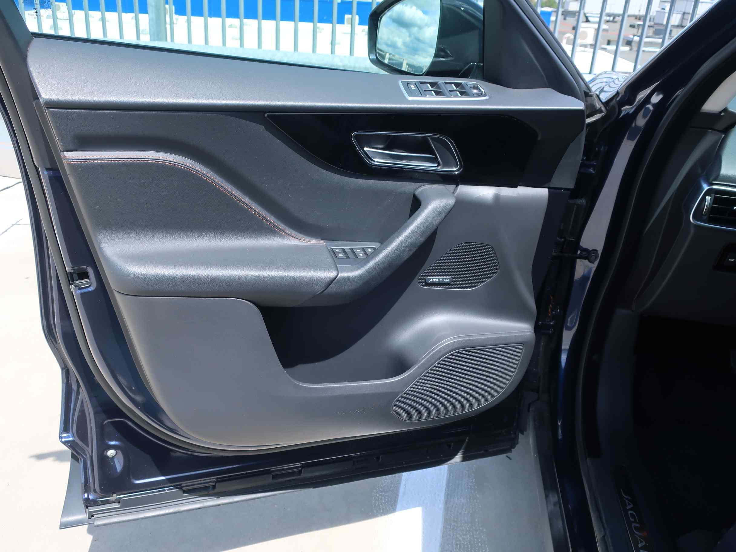 Jaguar F-Pace 3.0 TDV6 AWD Prestige